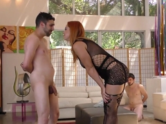 Horny HotWife Edyn Blair Gets Fucked By BBC In Front Of Her Cuckold