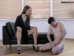 SubmissiveCuckolds Video: Linda