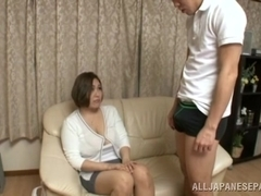 Reiko Yumeno Japanese hottie shows off her big tits