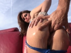 Rachel Roxxx's butt hole gets Ramon's prick inside