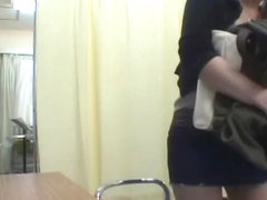 Japanese teen gets a nice toy treatment during pussy exam