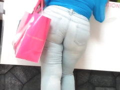 Mature Big Butt In Jeans