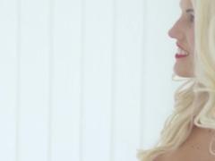 Blonde slut Blanche Bradburry loves big cock in her anus