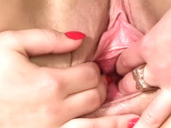 Close up pussy spreading till girlfriend gape pussy wide open