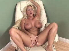 Holly Halston plowed in her hot snatch