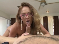 Honry mistress Lindsey Longhands pleases hot guy with amazing blowjob