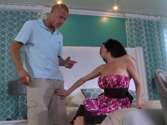 Fuck hungry big titted milf Veronica Avluv gets it on