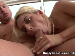 Kodi Gamble in My Hot Aunt