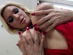LiveGonzo Diamond Foxx Hot Mature Does Threesome