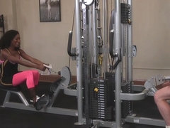 Black tranny anal pumps dude at gym