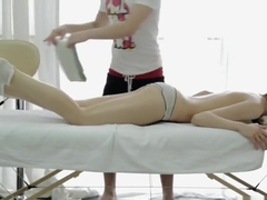 Thanking The Massage Therapist With A Blowjob