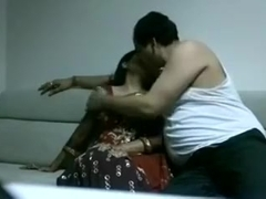 Slim Indian wifey gets pounded in missionary position