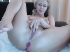 Sensual Blonde Cammodel Plays With Her Pussy