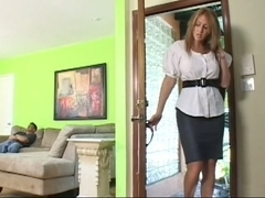 Guy meets his stepmom and fucks her